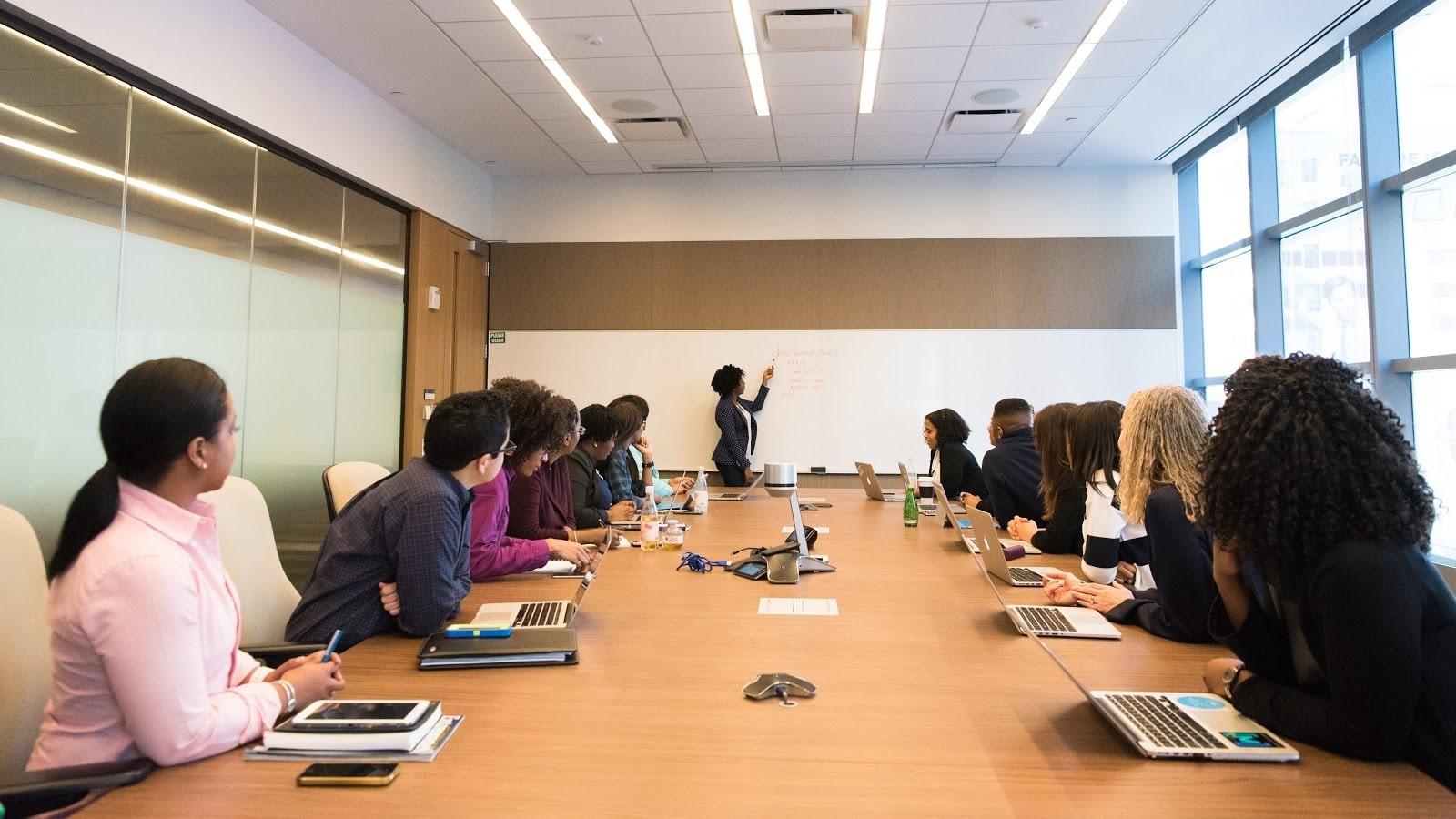 conference-conference-room-digital-nomad-1181396